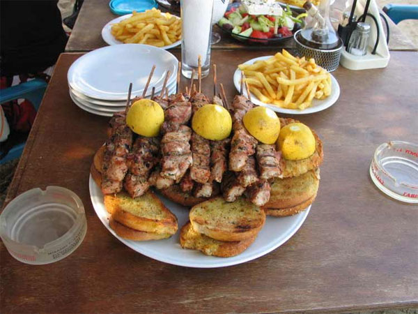 greek souvlaki plate